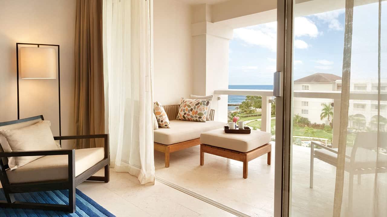 Ocean Front Grand Butler Suite Bedroom