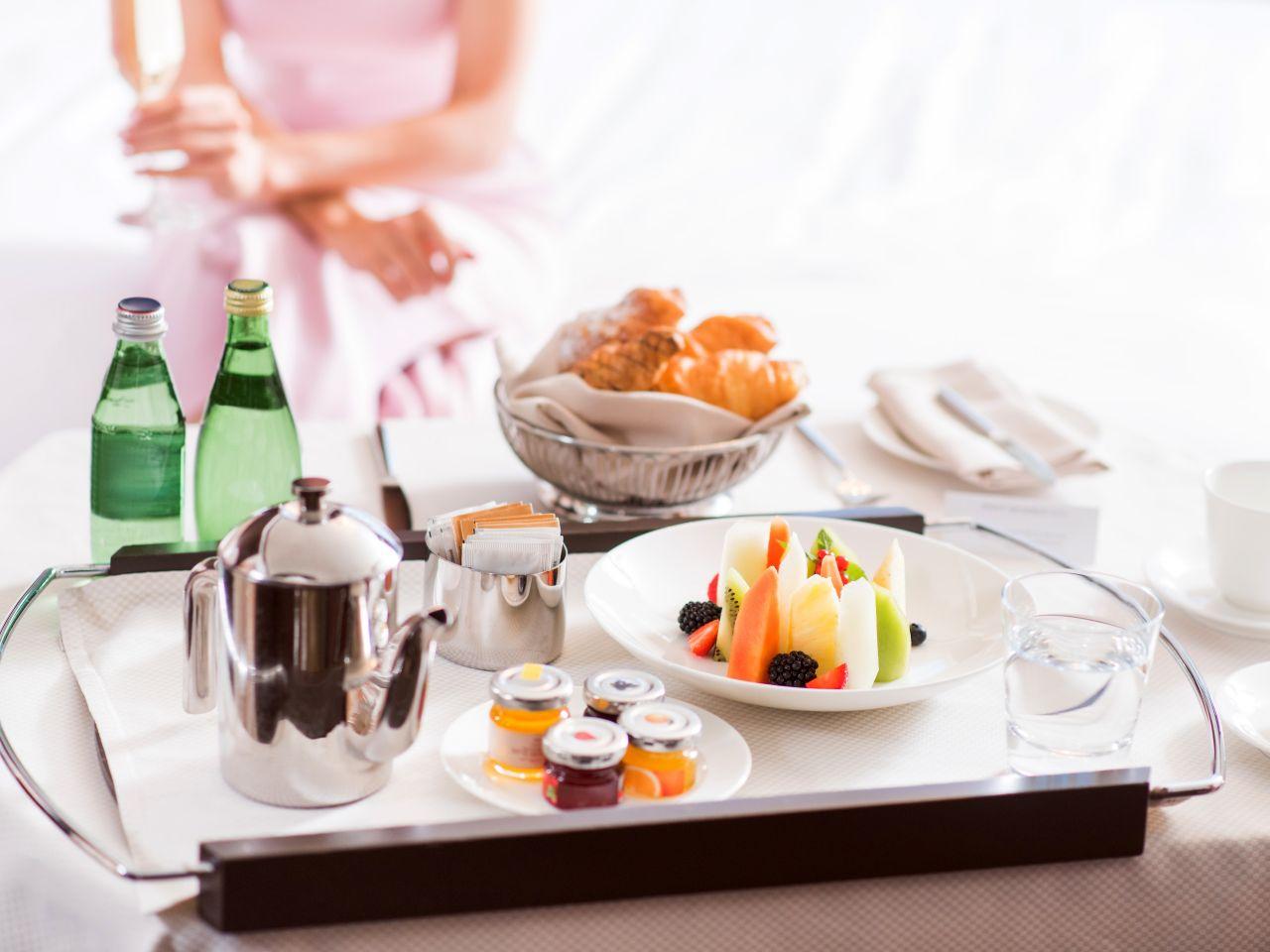 Room Service: Our Luxurious 5 Star Restaurants In Kiev :: Hyatt Regency Kiev