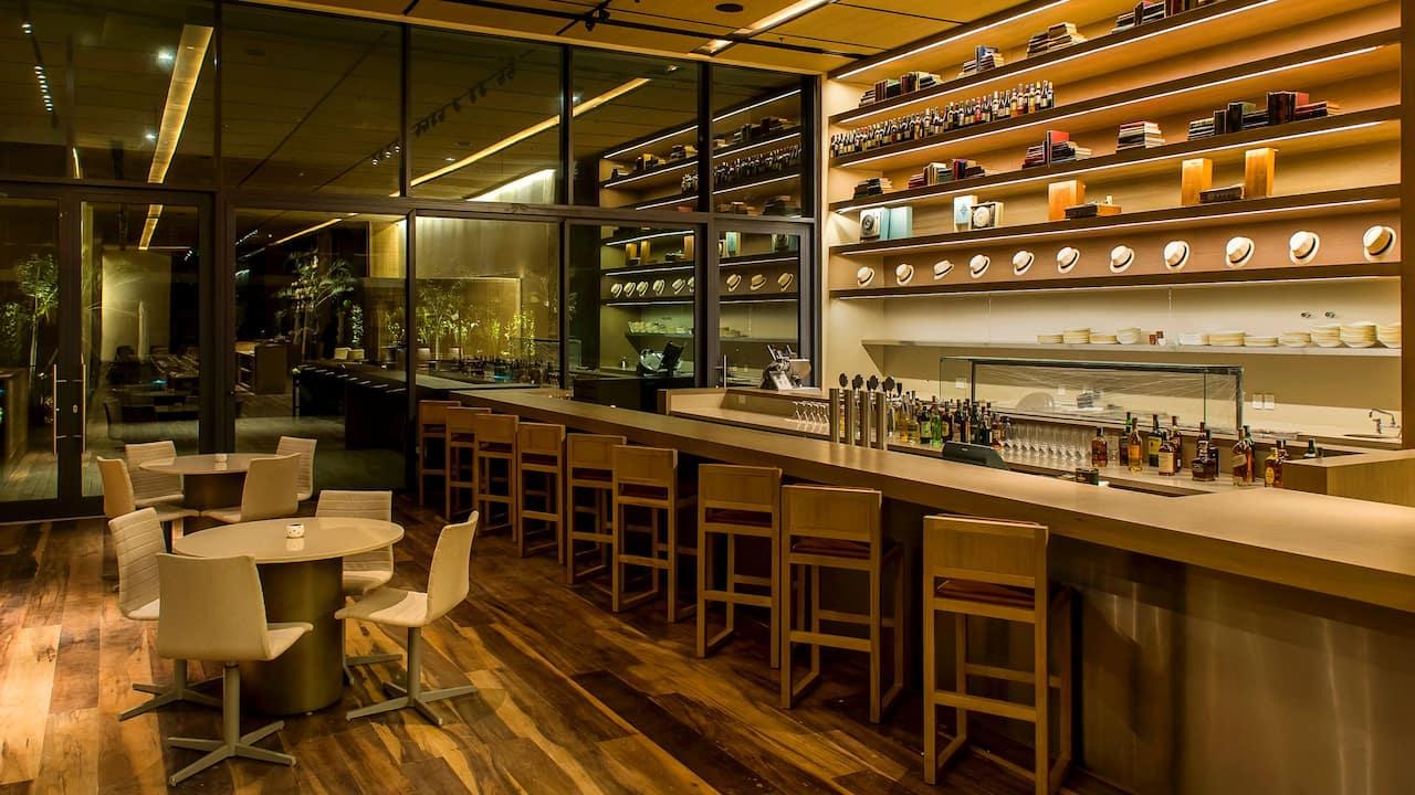 Grand Hyatt Rio de Janeiro | Canto Gastro e Lounge Bar Counter