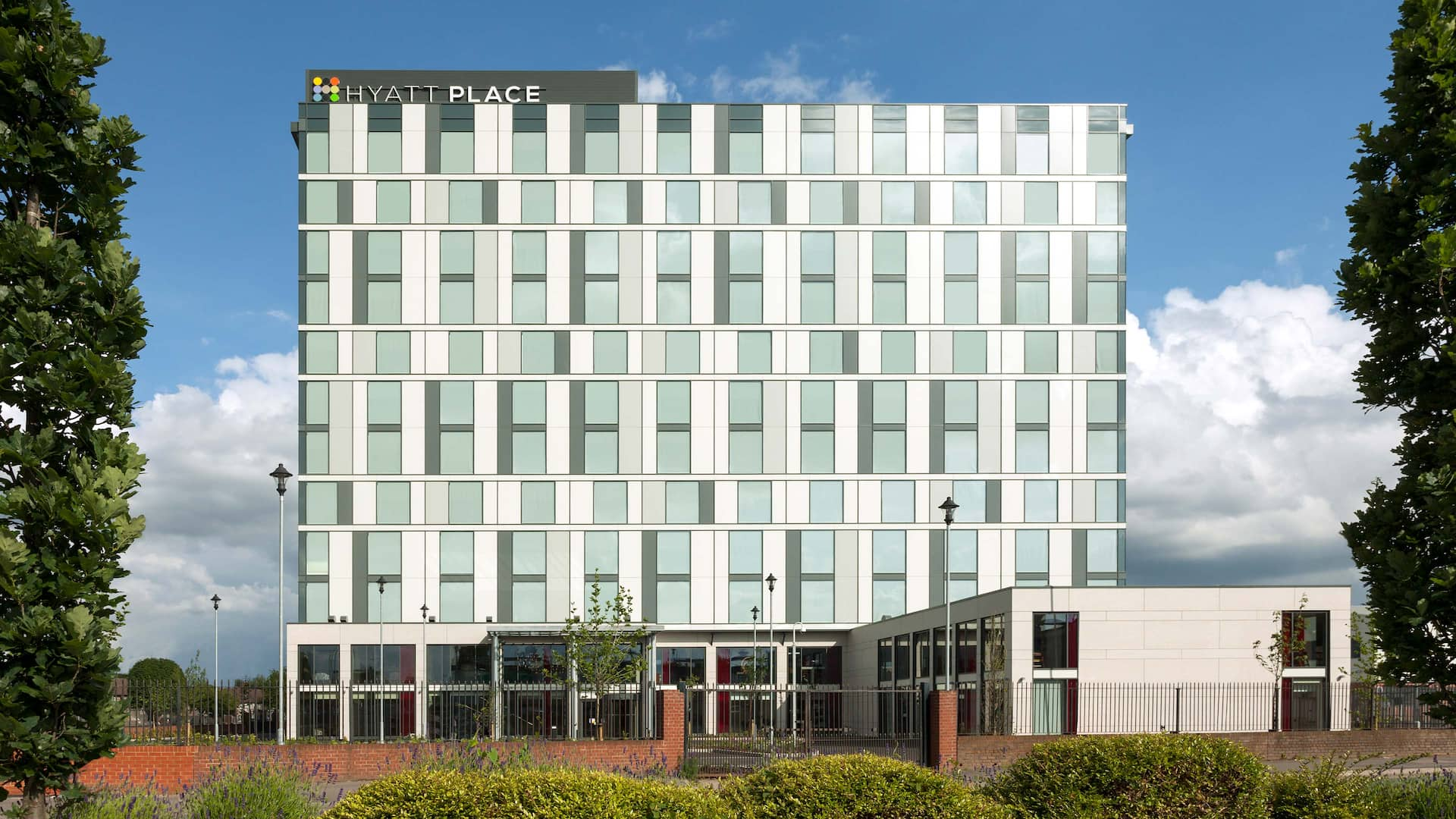 Hyatt Place West London/Hayes exterior