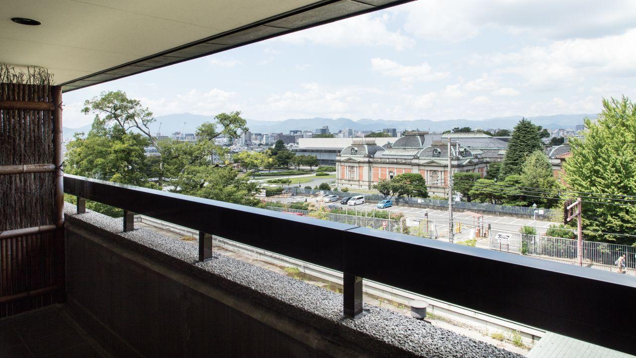 阳台超大床豪华景观房