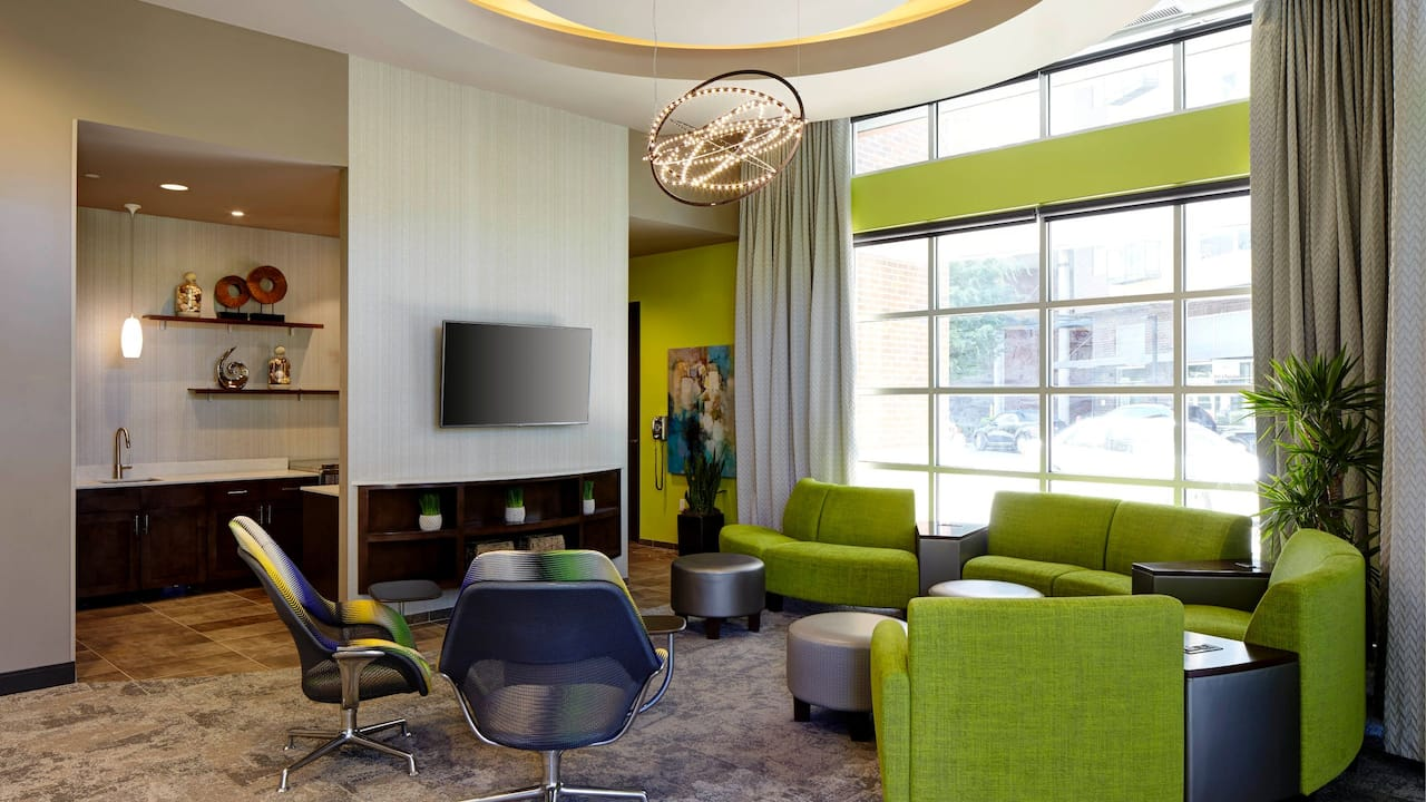 Upscale Hotel Meeting Space in Redmond WA – Hyatt House Seattle/Redmond