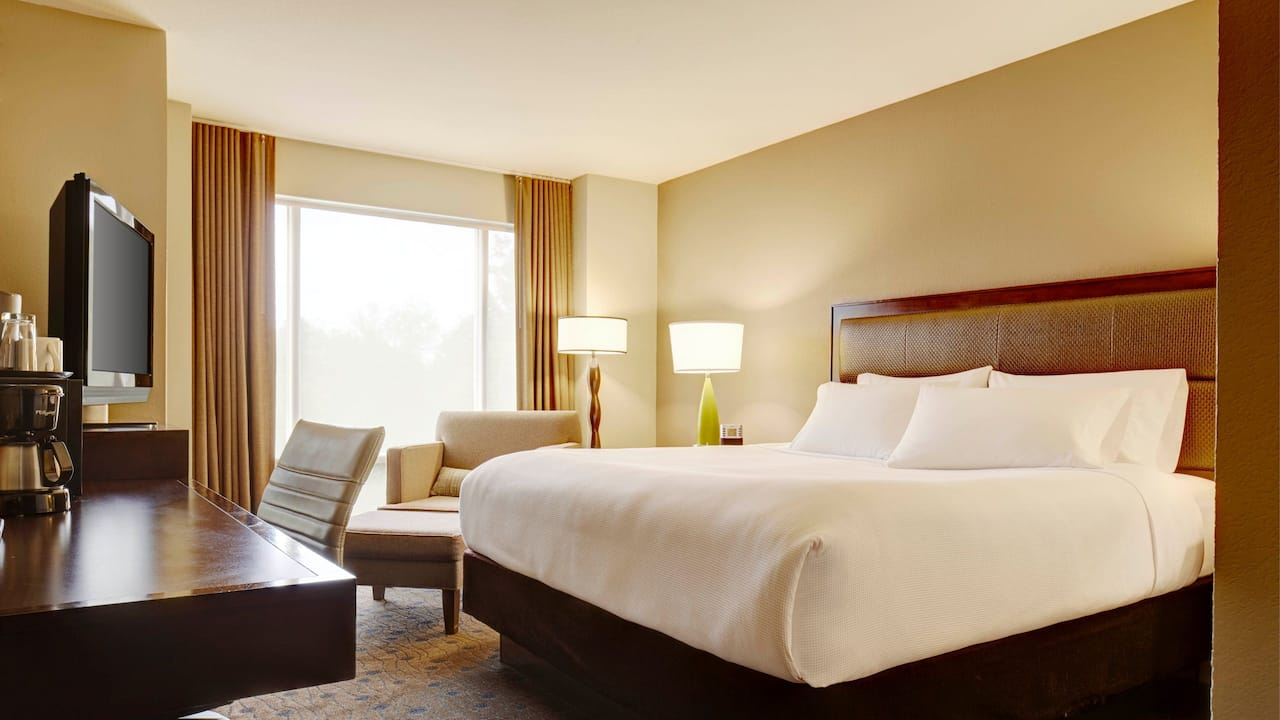 Redmond Hotel Rooms – King Guest Room – Hyatt House Seattle/Redmond