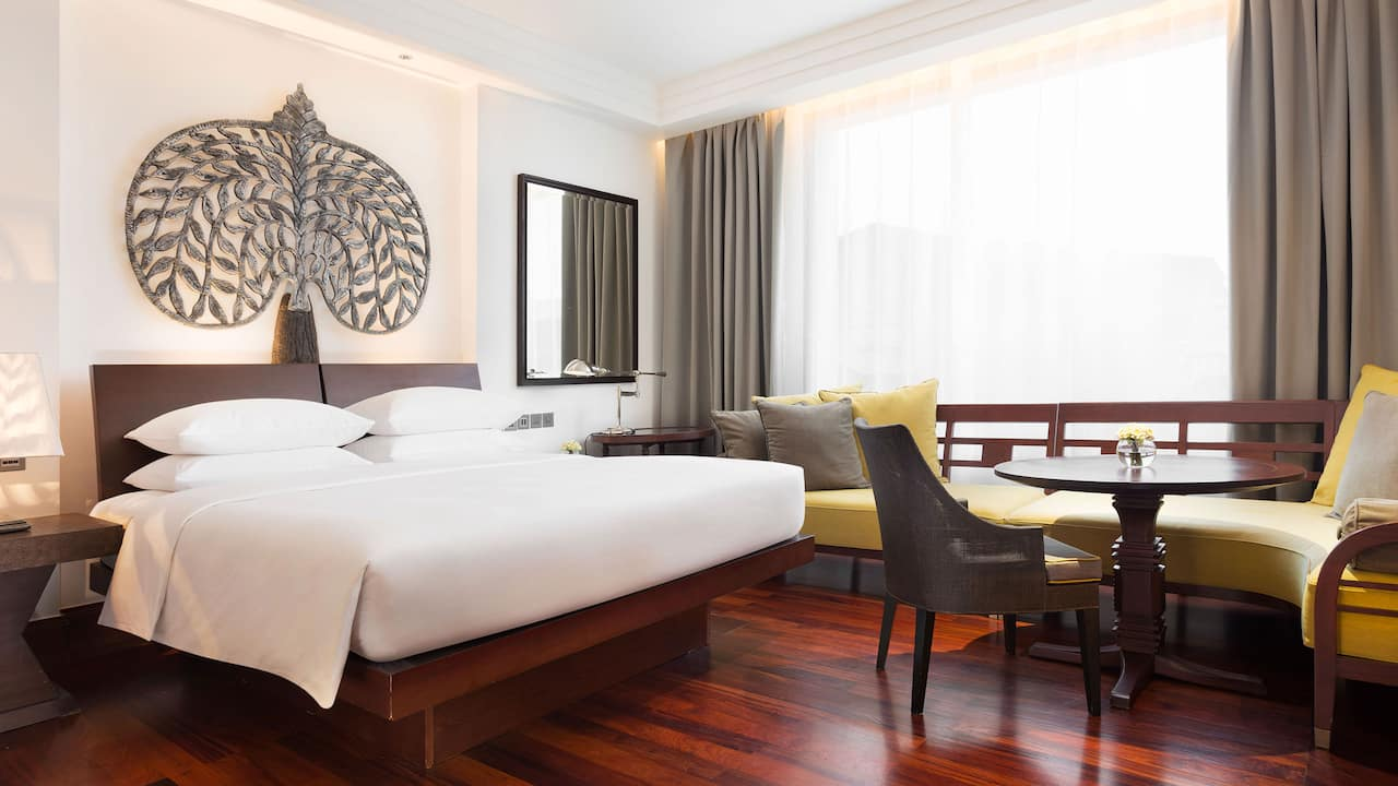 Luxury 5-star hotel in Siem Reap 1 King Bed