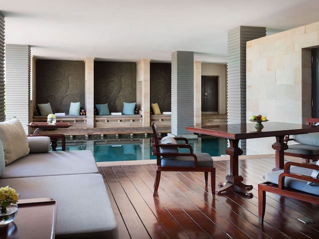 Pool Terrace Suite