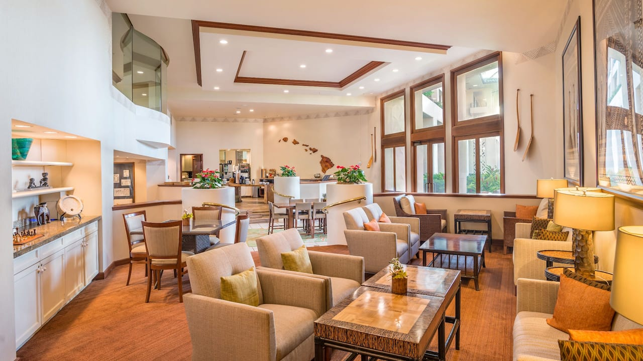 Grand Hyatt Kauai Beachfront Resort  Lobby Dining Area