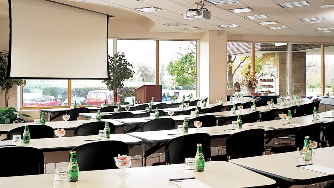 Hyatt Rosemont Meeting Room