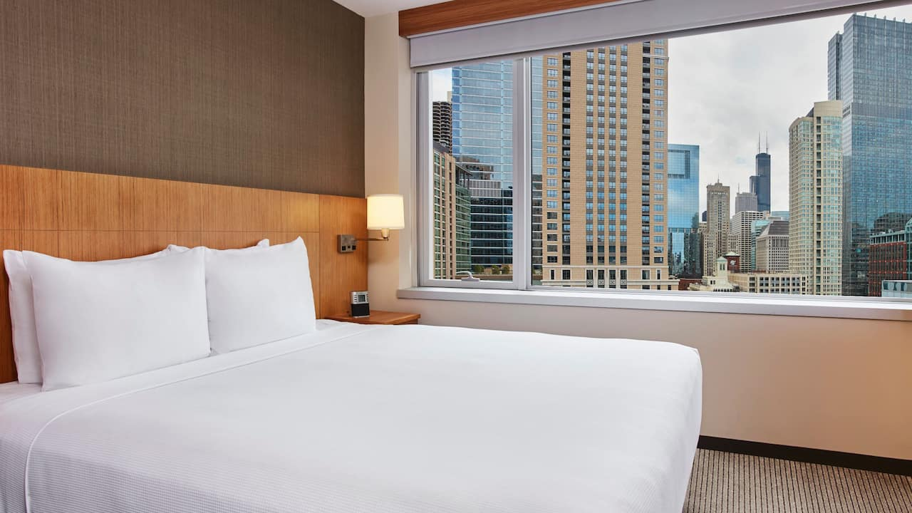 River North Chicago Hotel Room with King Bed Hyatt Place Chicago/River North