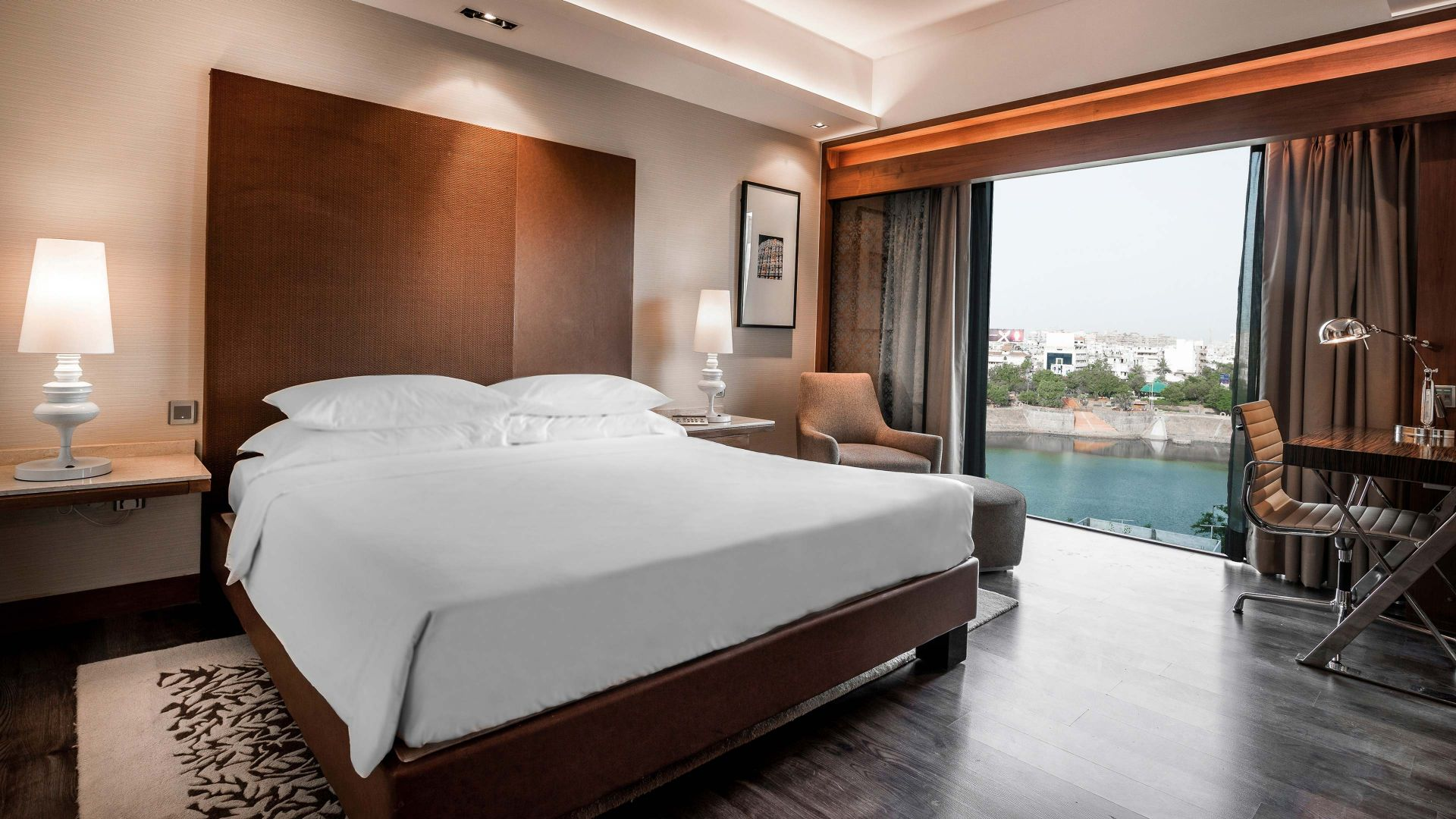 Hyatt Ahmedabad, King suite