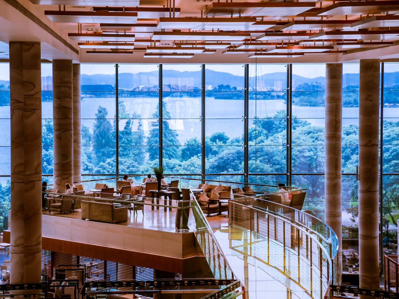 Lobby Lounge with view of the lake