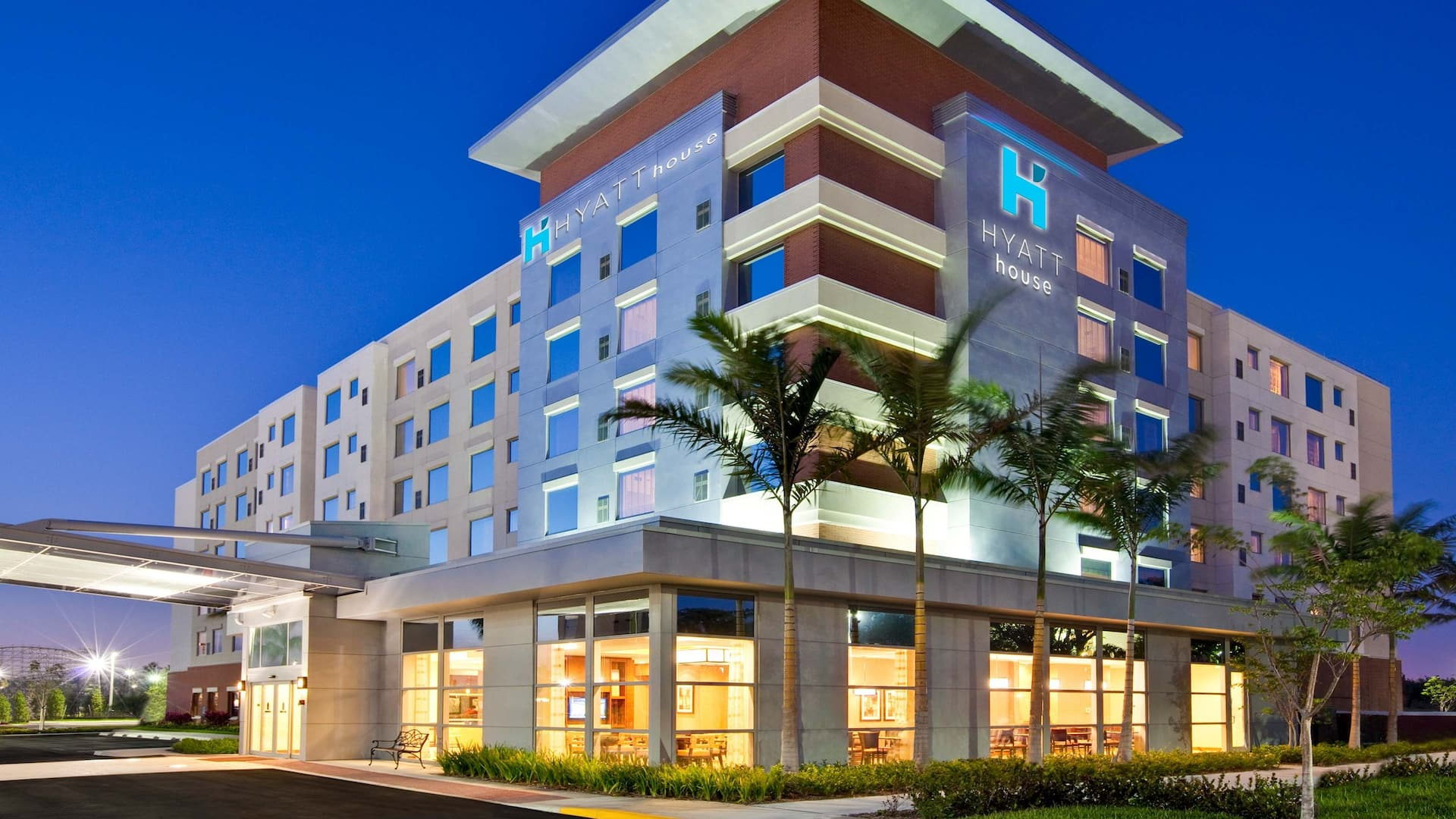 Hyatt House Fort Lauderdale Cruise Port Exterior