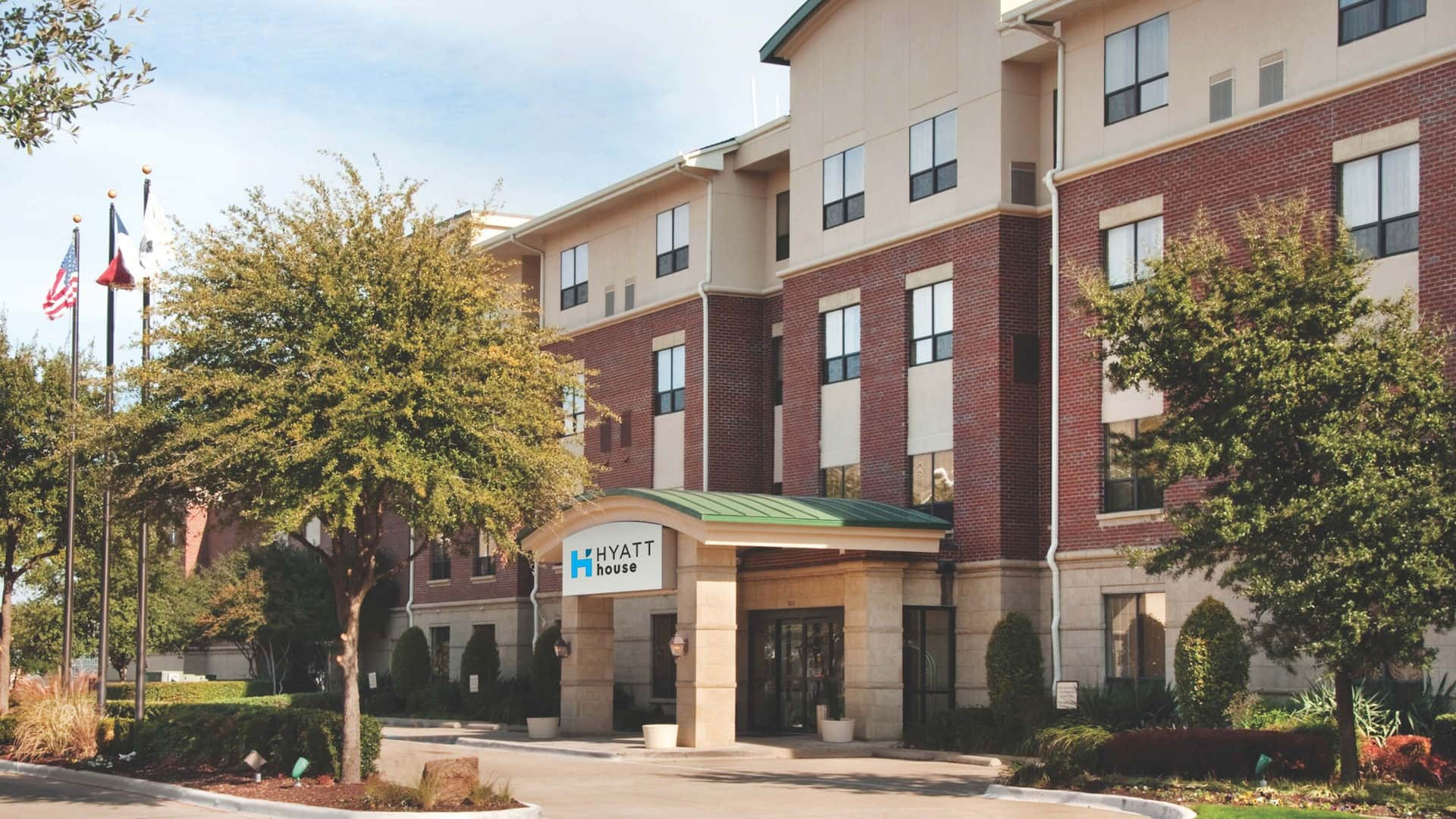 Hyatt House Dallas Lincoln Park Exterior