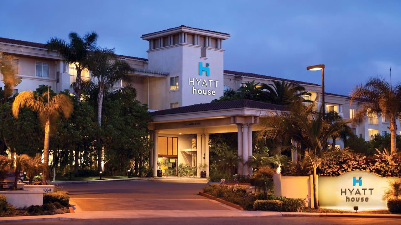 Hyatt House San Diego / Sorrento Mesa