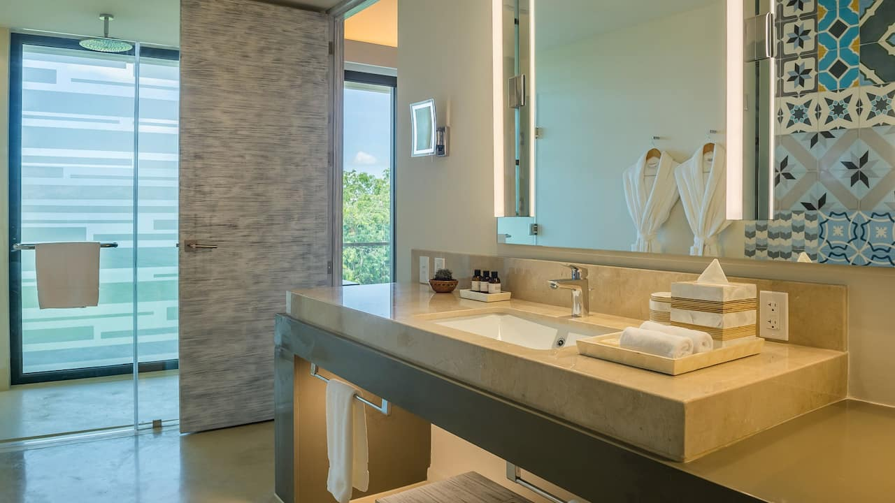 Andaz Mayakoba Resort Riviera Maya bathroom