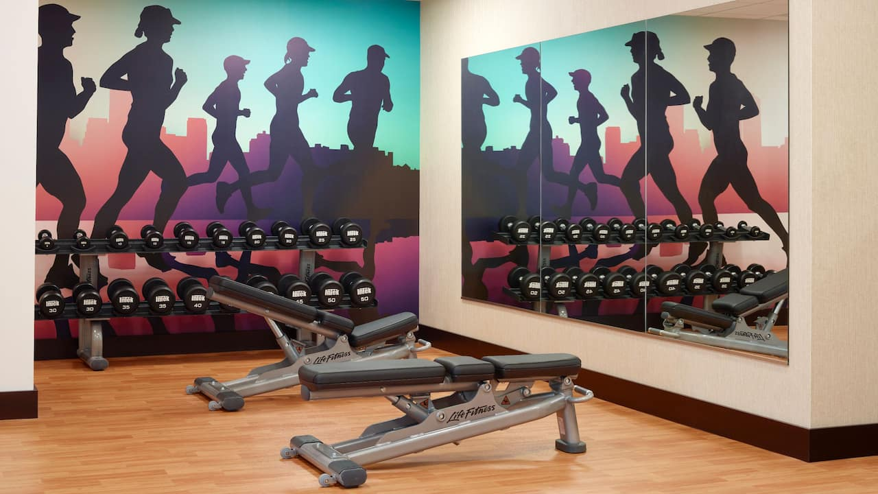 Hotel Gym Open 24/7 with Weights – Hyatt Place Arlington/Courthouse Plaza
