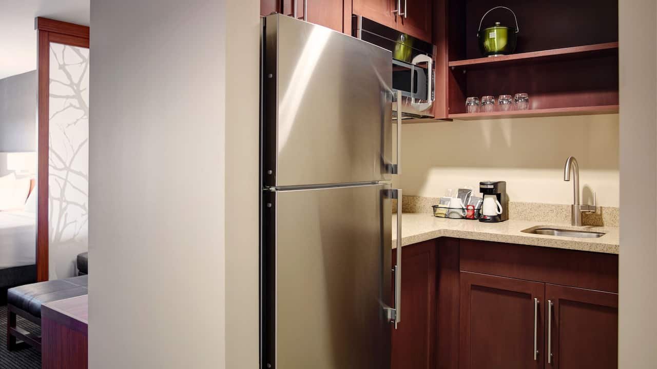 Arlington Two Queen Guest Room with Kitchenette – Hyatt Place Hotel Arlington/Courthouse Plaza