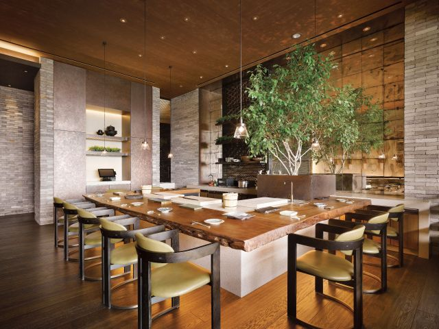 Grand Hyatt Seoul Dining Kauri Table