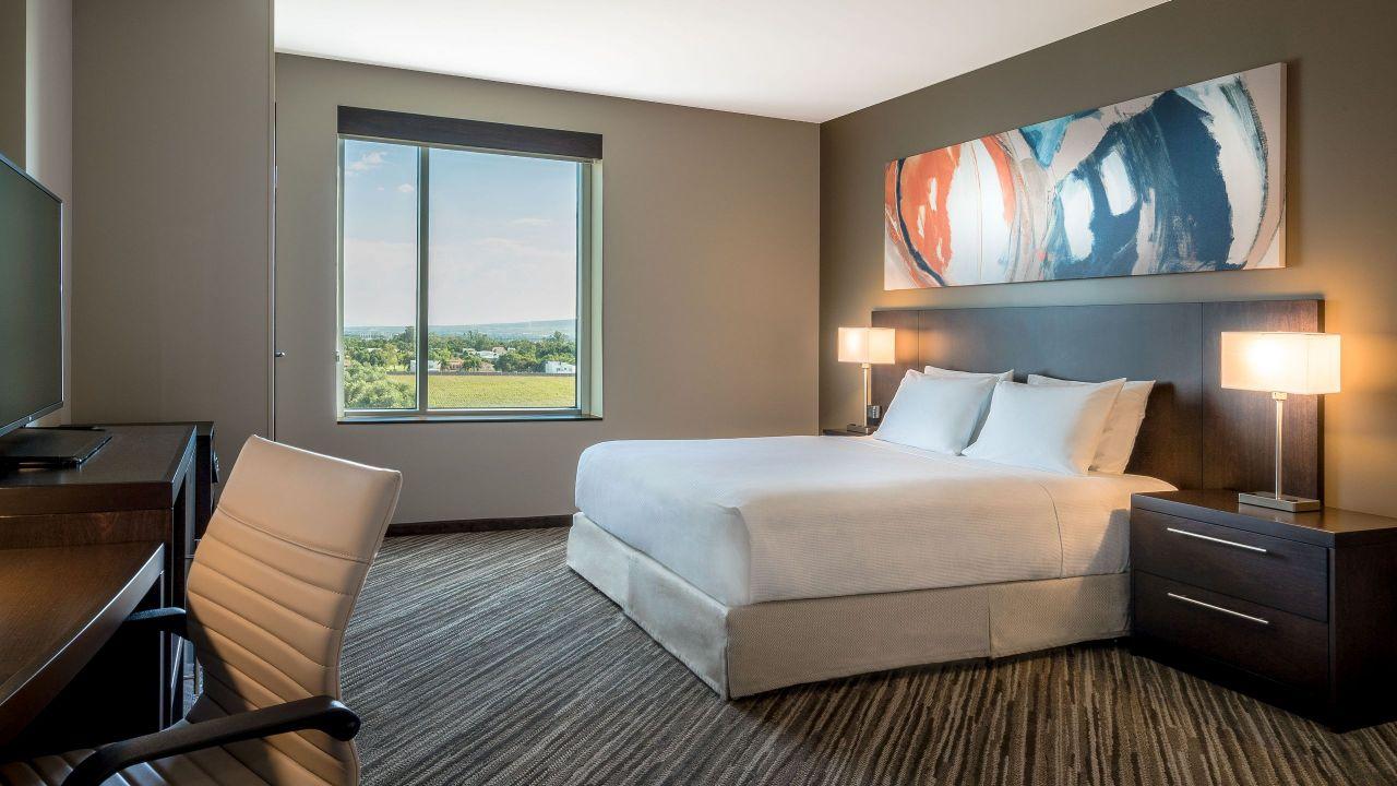 Hyatt Place Celaya suite