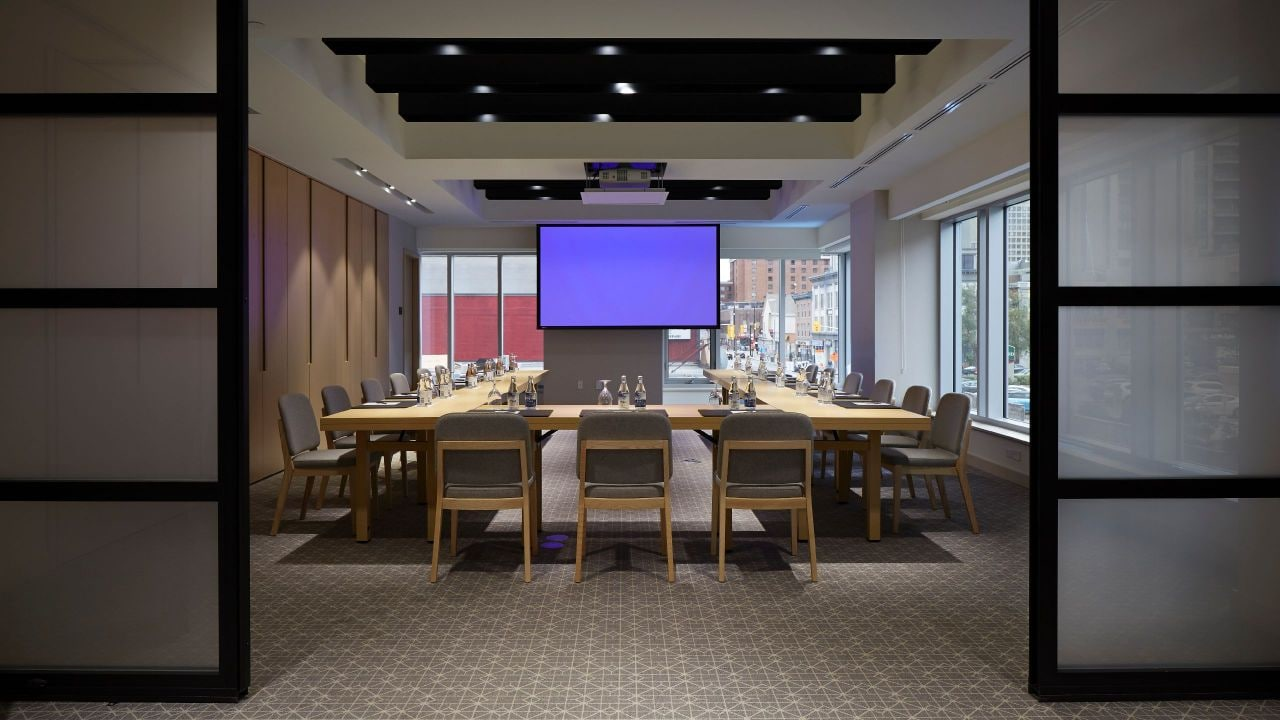 Andaz Ottawa Meeting Room