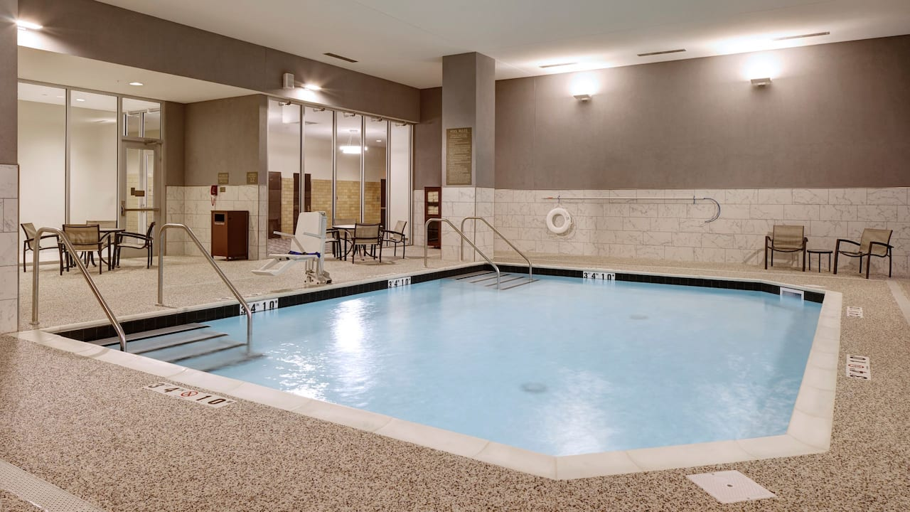 Hotel Indoor Pool - Hyatt Place St. Paul/Downtown