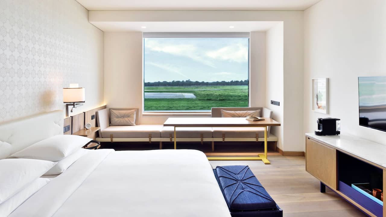 Andaz King Room