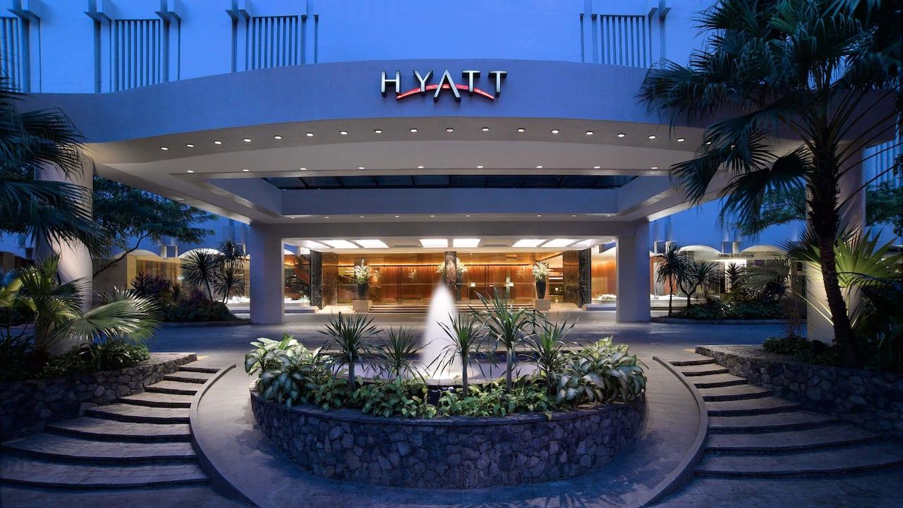 Orchard Hotel Singapore, Grand Hyatt Hotel