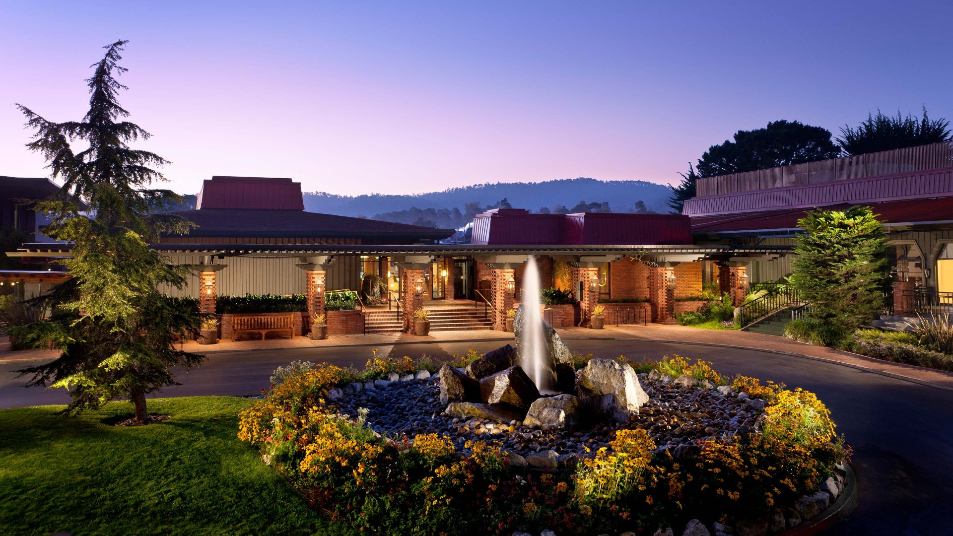 Hyatt Regency Monterey Hotel and Spa on Del Monte Golf Course exterior