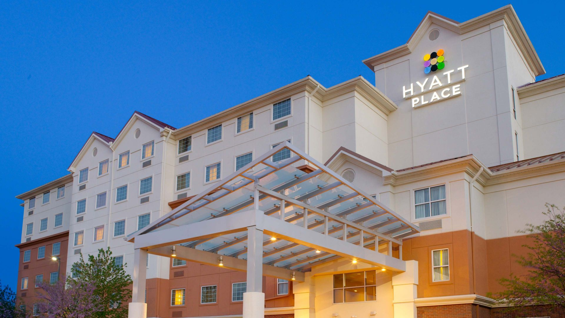 Hotel Exterior Front