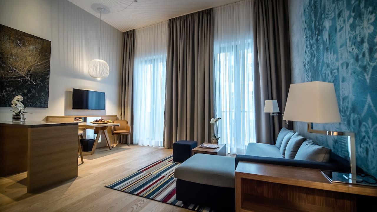 Hyatt House Dusseldorf living room