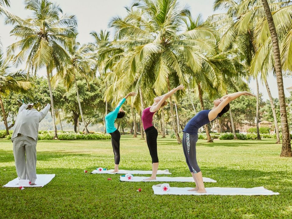 Lifestyle Recreation Group Yoga