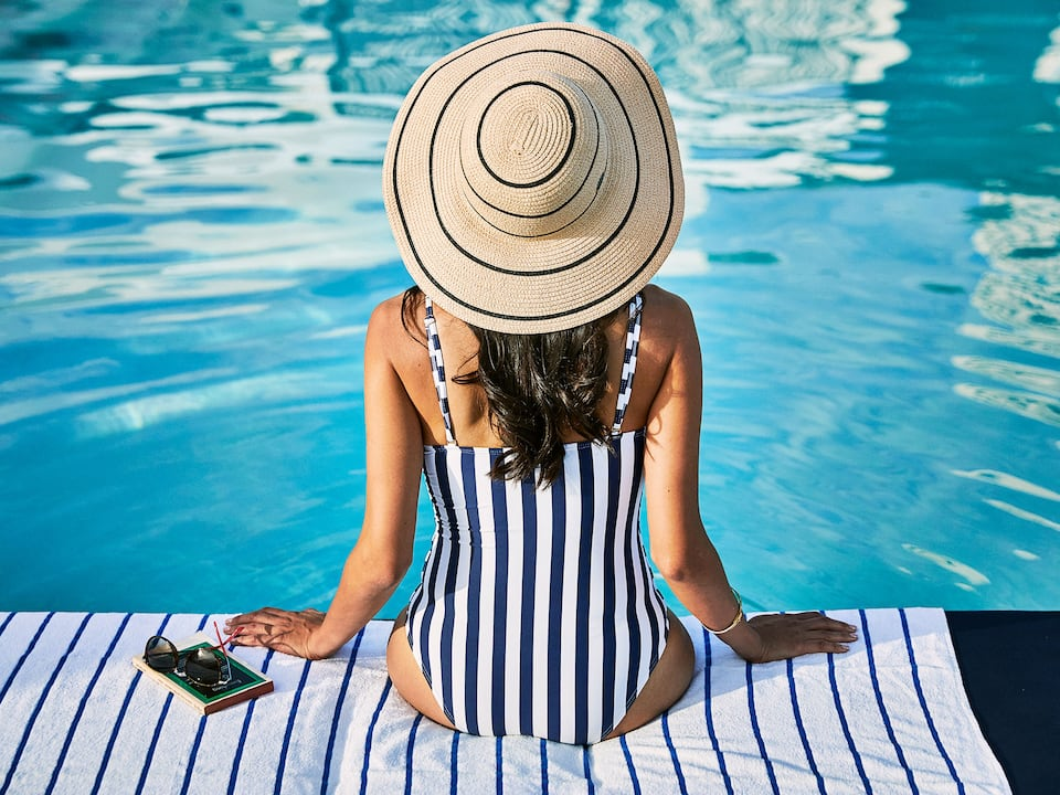 Lifestyle Viewpoint Pool Hat