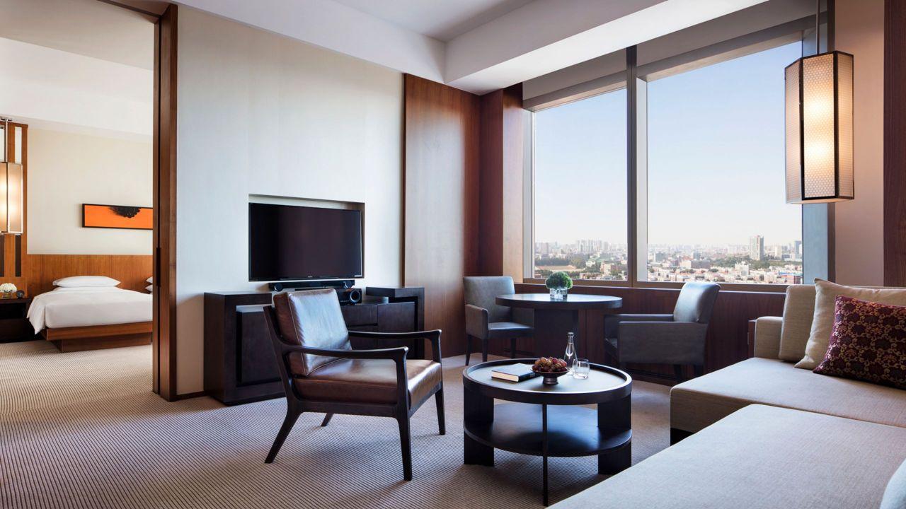 regency suite twin room
