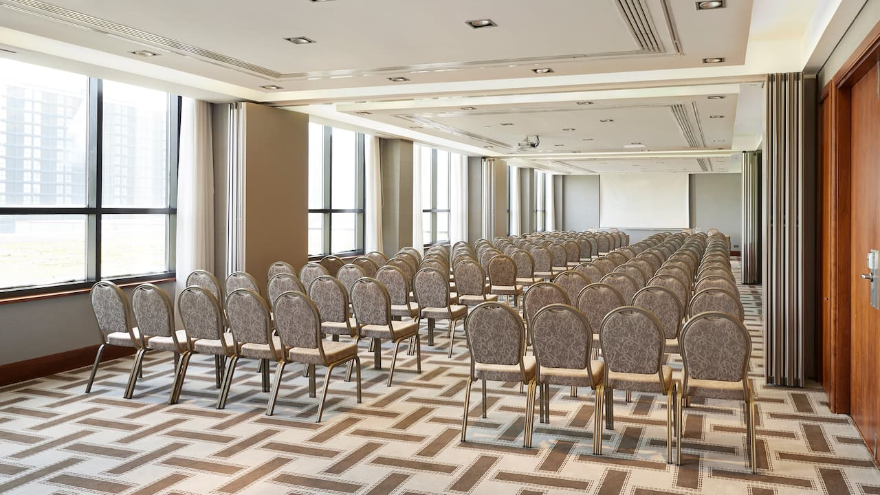 Theatre Style Conference Birmingham City Centre | Hyatt Regency Birmingham