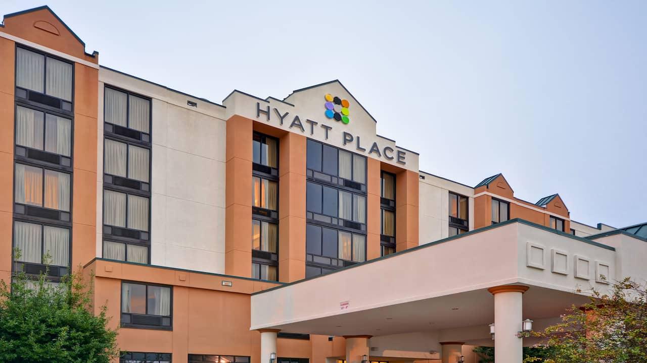 Hyatt Place Baton Rouge I-10 Hotel Exterior Left