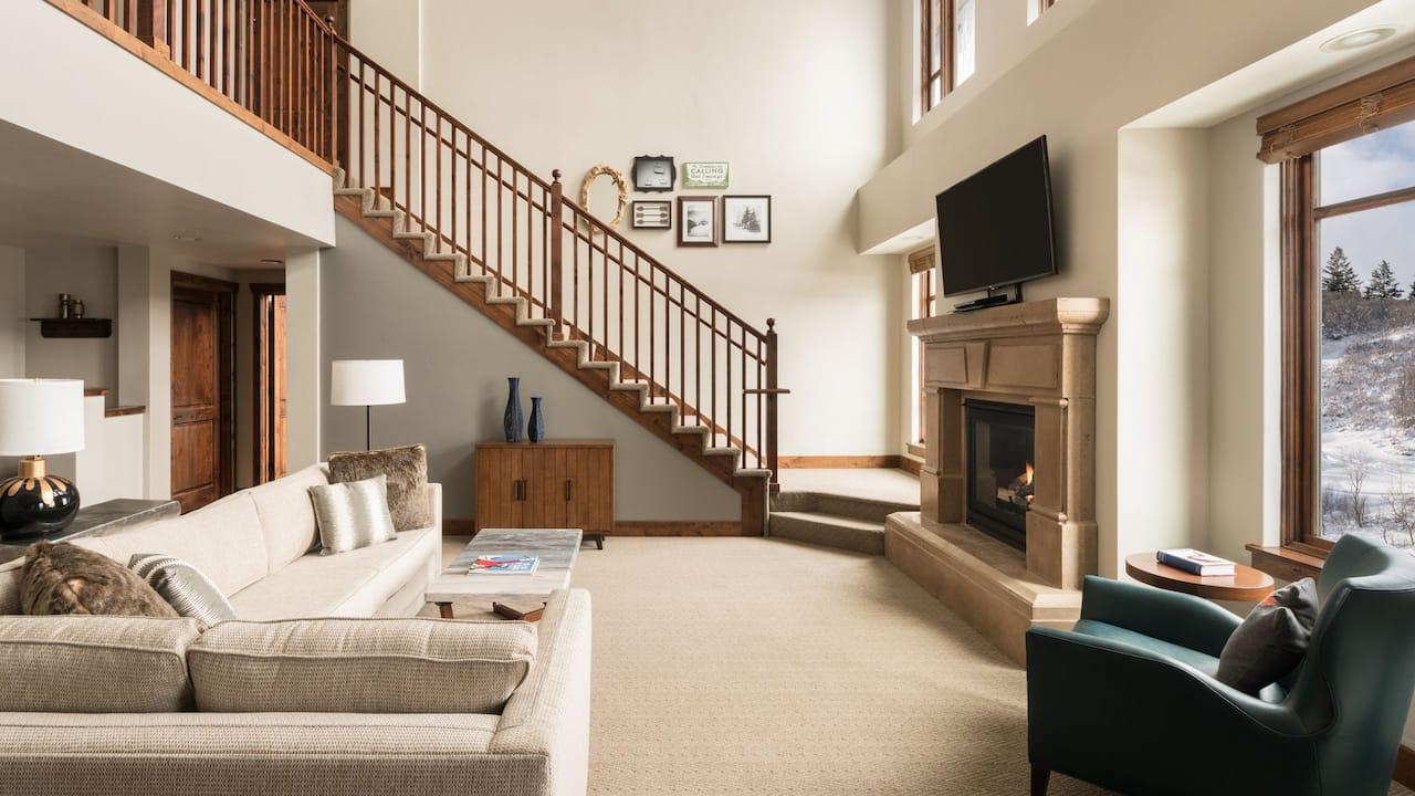 Bi Level Residence