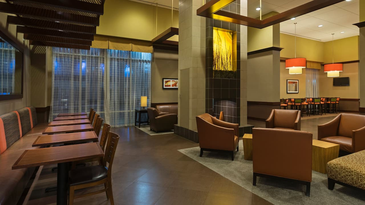 Hyatt Place West Palm Beach Downtown Lounge Area