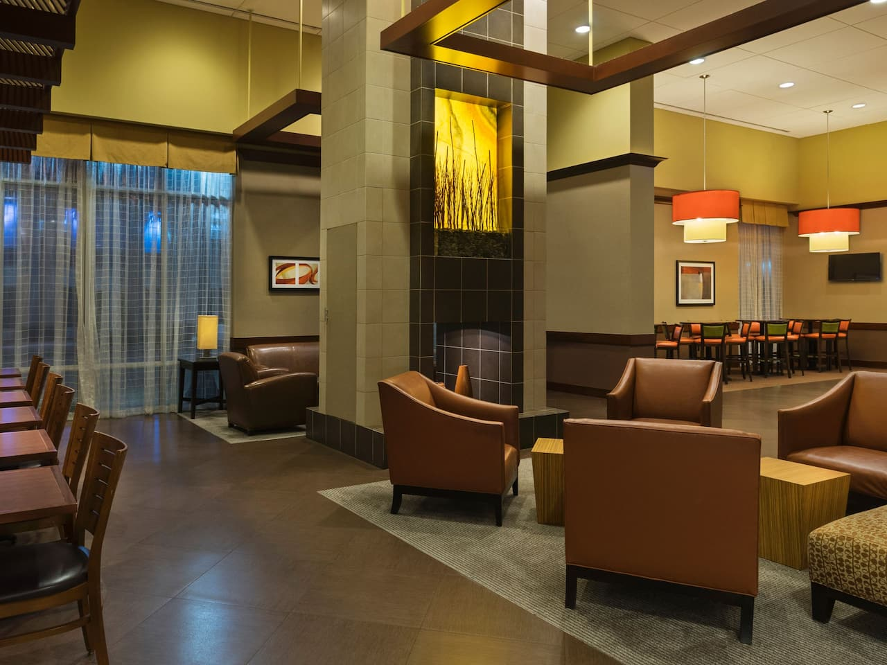 Hyatt Place West Palm Beach Downtown Lounge