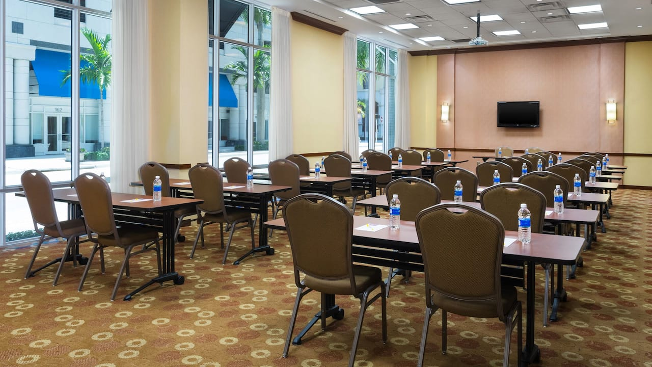 Hyatt Place West Palm Beach Downtown Meeting Area