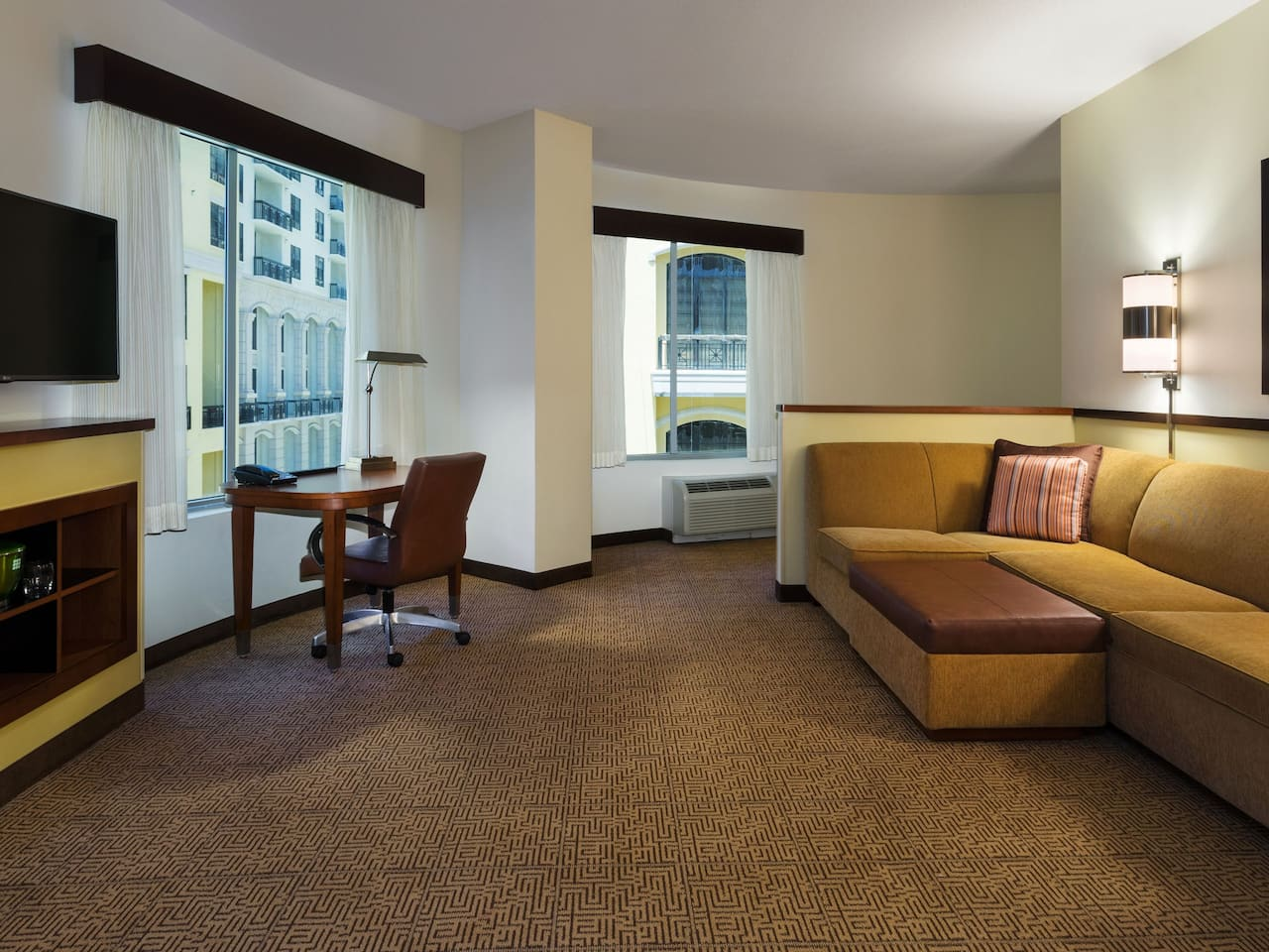Hyatt Place West Palm Beach Downtown Room Layout