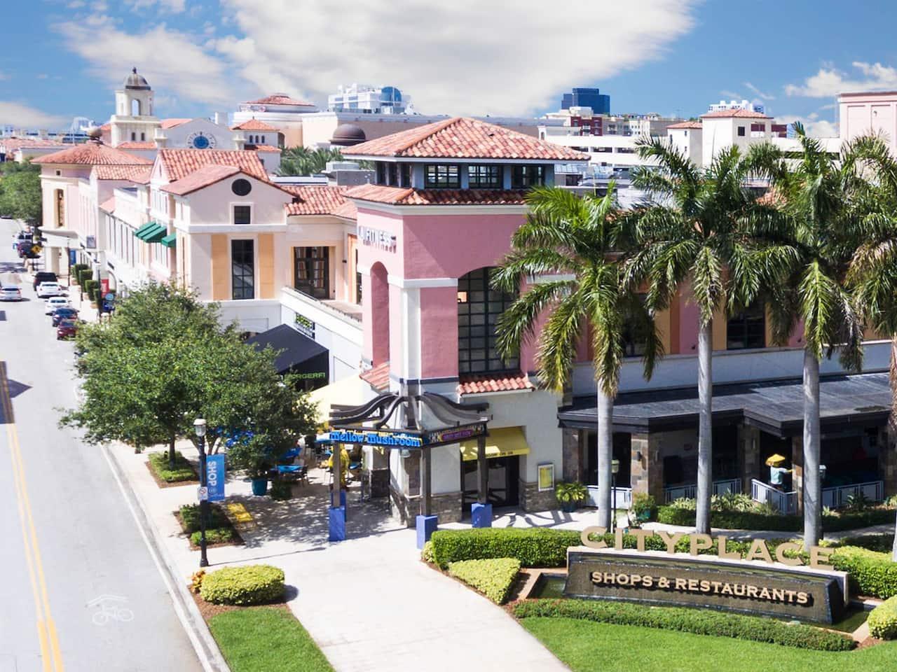 Stylish Hotel Downtown West Palm Beach  Hyatt Place West -3445