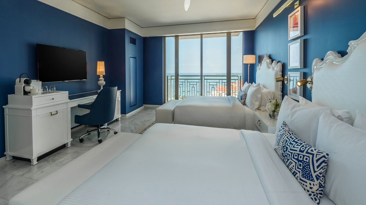 Queen bedroom with ocean view