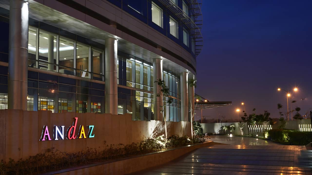 Andaz Delhi Entrance - Top 5 Star Hotel in Aerocity Delhi NCR