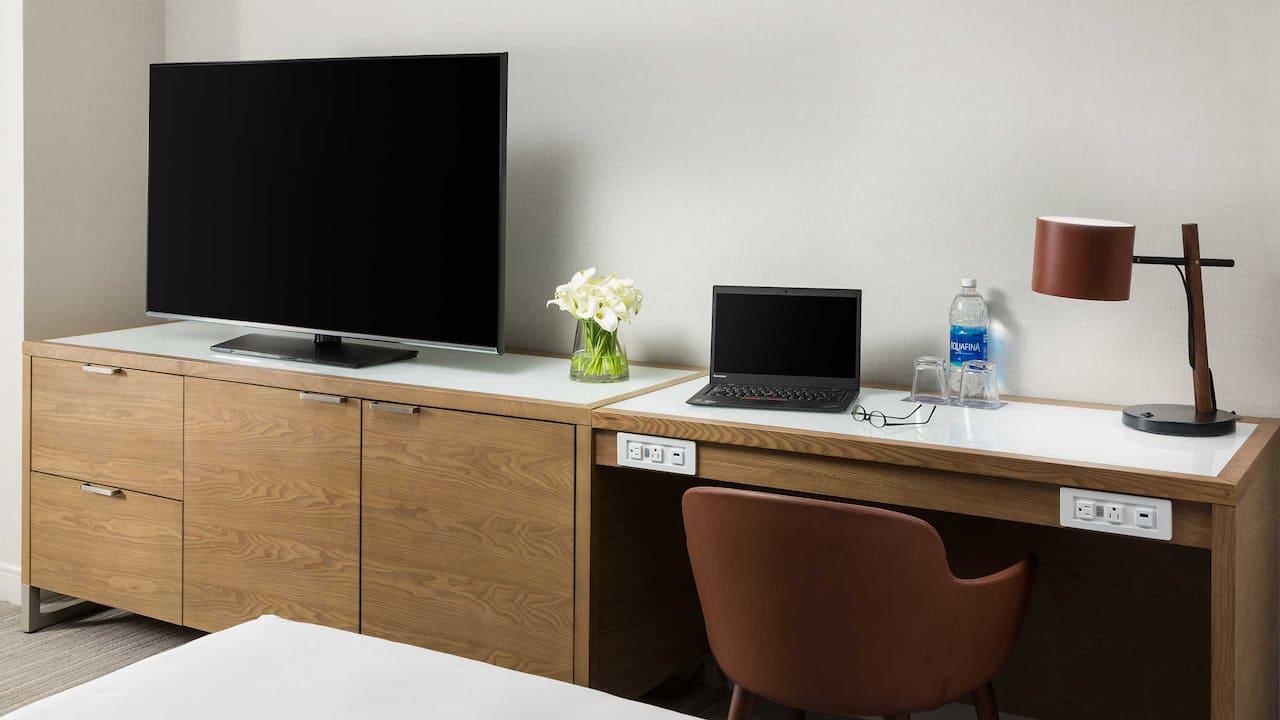 Guestroom Desk Props