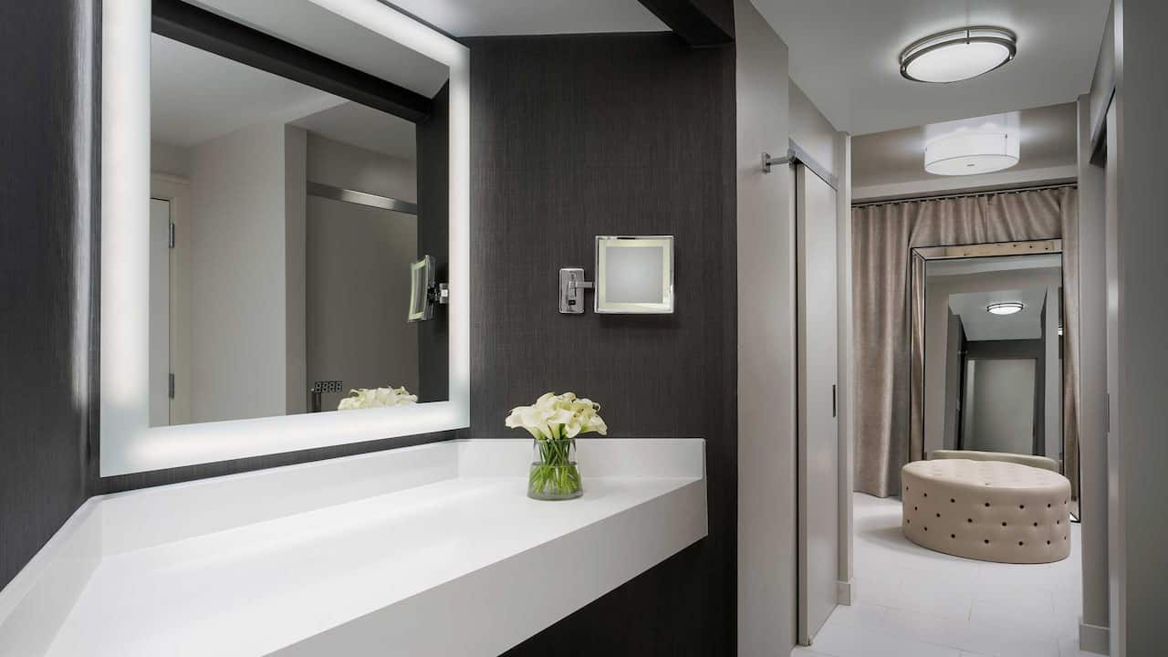 Presidential Suite Bath Vanity