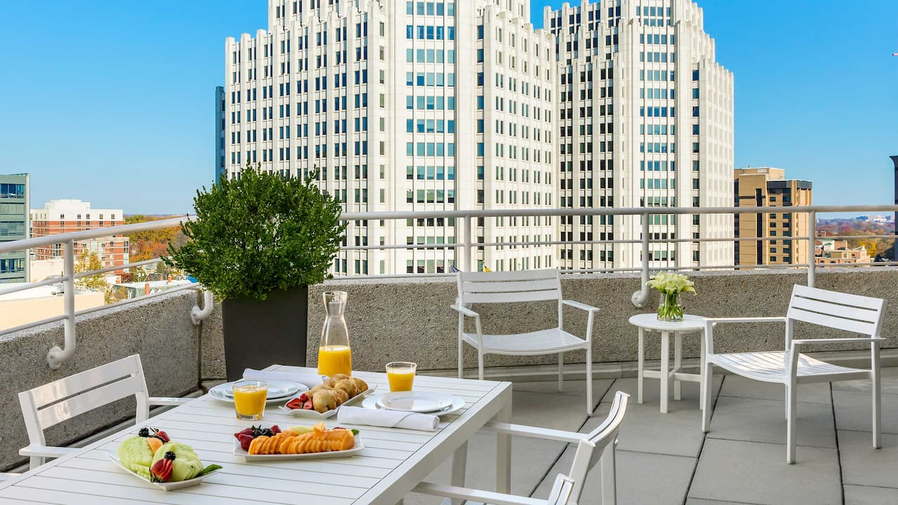 Presidential Suite Terrace Brunch