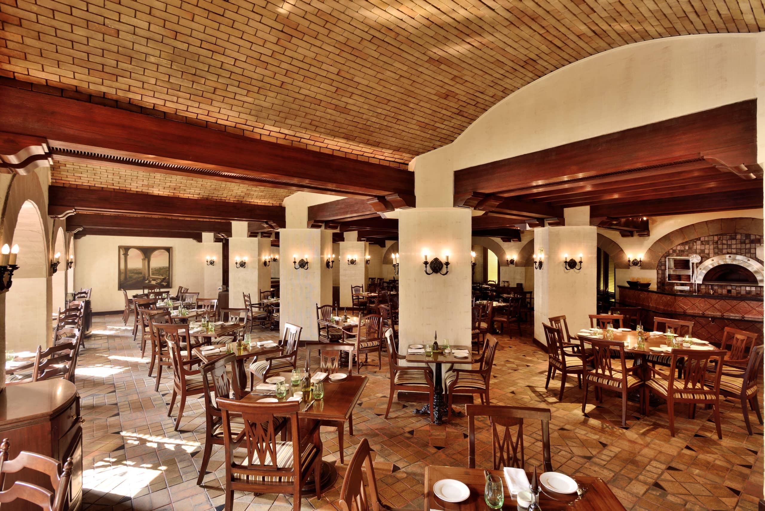Best Restaurants & Bar in New Delhi - Best Chinese and Italian ...