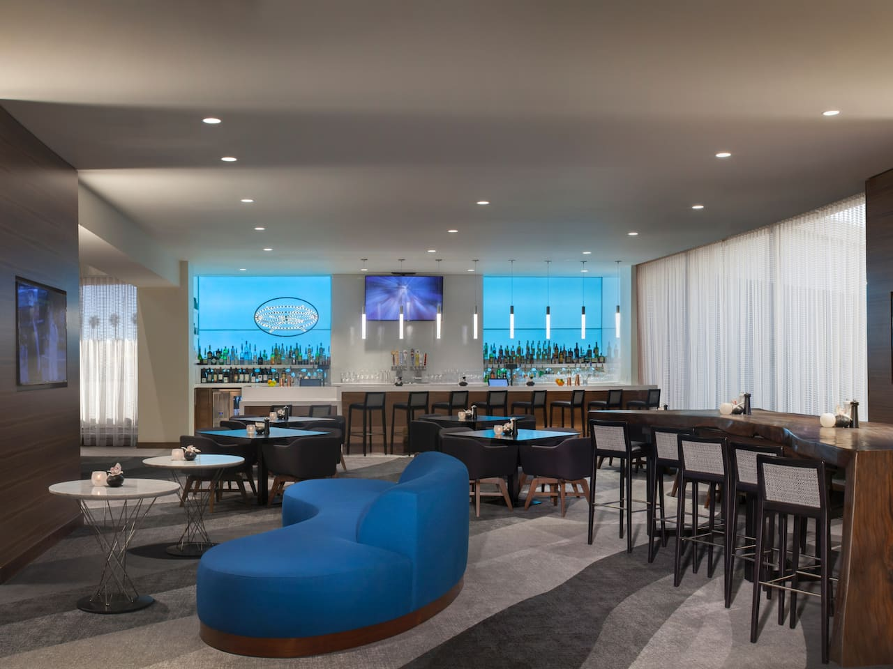 unity la bar at Hyatt Regency Los Angeles International Airport