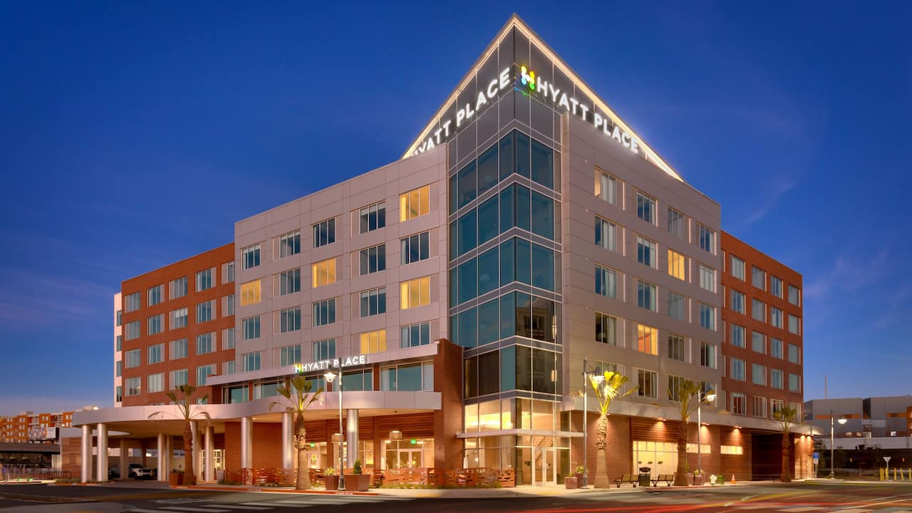 Hyatt Place Emeryville San Francisco Bay Area Hotel