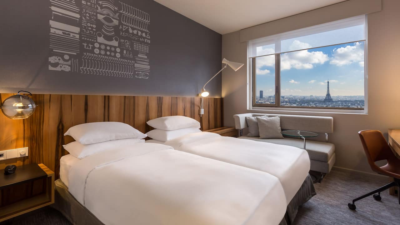 Twin Deluxe Eiffel Tower View at Hotel Hyatt Regency Paris Etoile