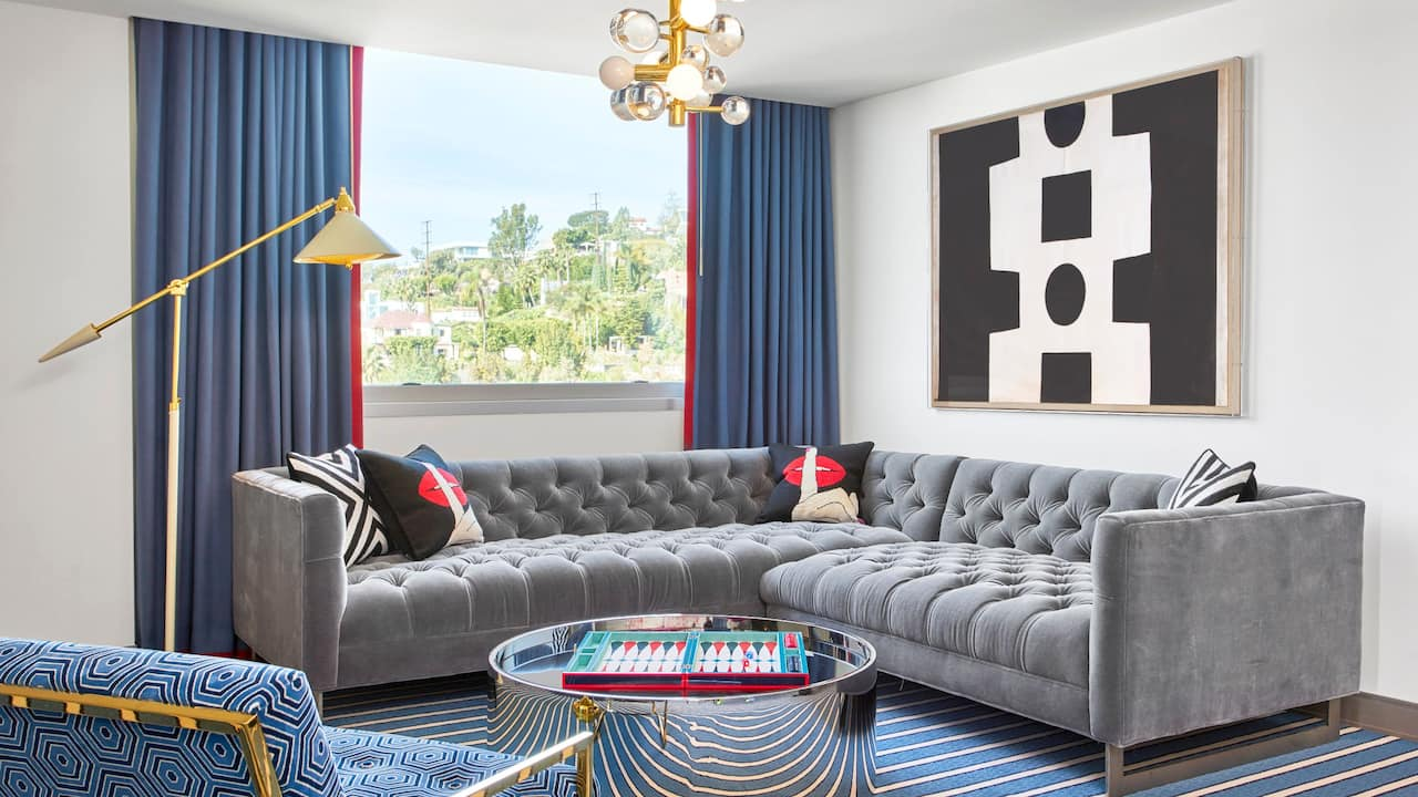 ANDAZ WEST HOLLYWOOD (ANDAZ) Red Suite | Sofa Sectional